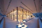 Музыкальная прогулка в музее Акрополя с Афинским государственным оркестром