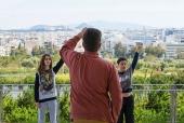 Место встречи: танцы и музыка для подростков в Афинах